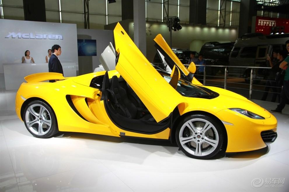 2013年 广州琶洲国际车展 名车 美女 系列 1高清图片