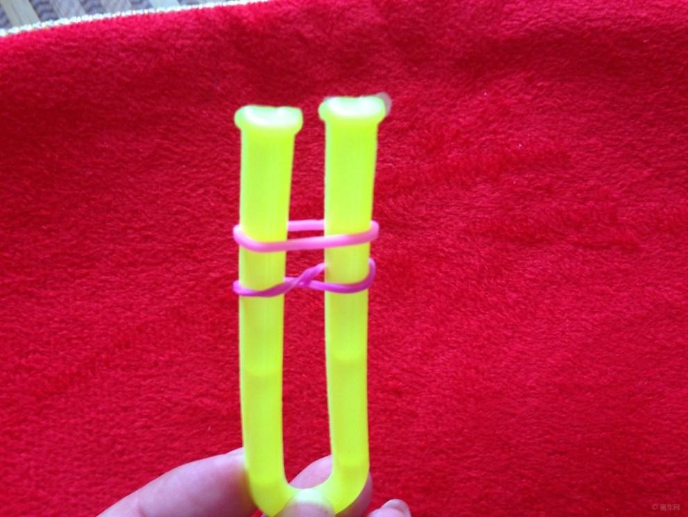 编织彩绳步骤图片