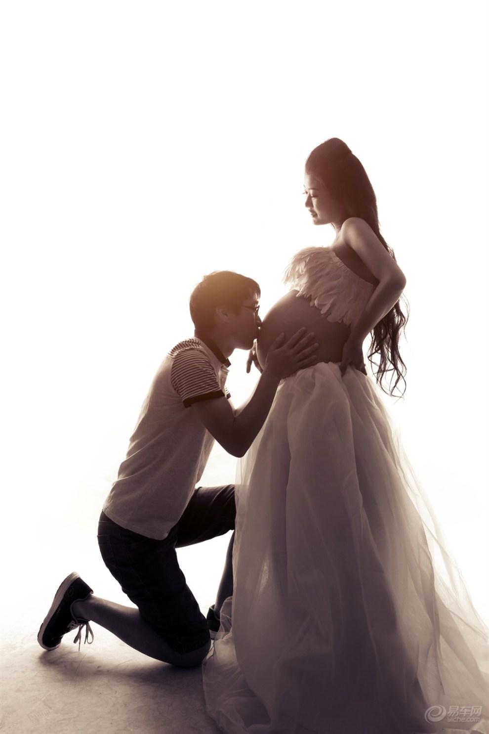 【魅力佳人】美女媳妇毛毛的孕妇照图片
