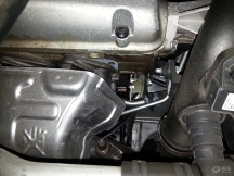大家注意:X65新车3800公里首保出现发动机漏...