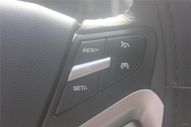 新帝豪多功能方向盘这几个键是什么用的 有图 -吉利新帝豪其他使用问高清图片