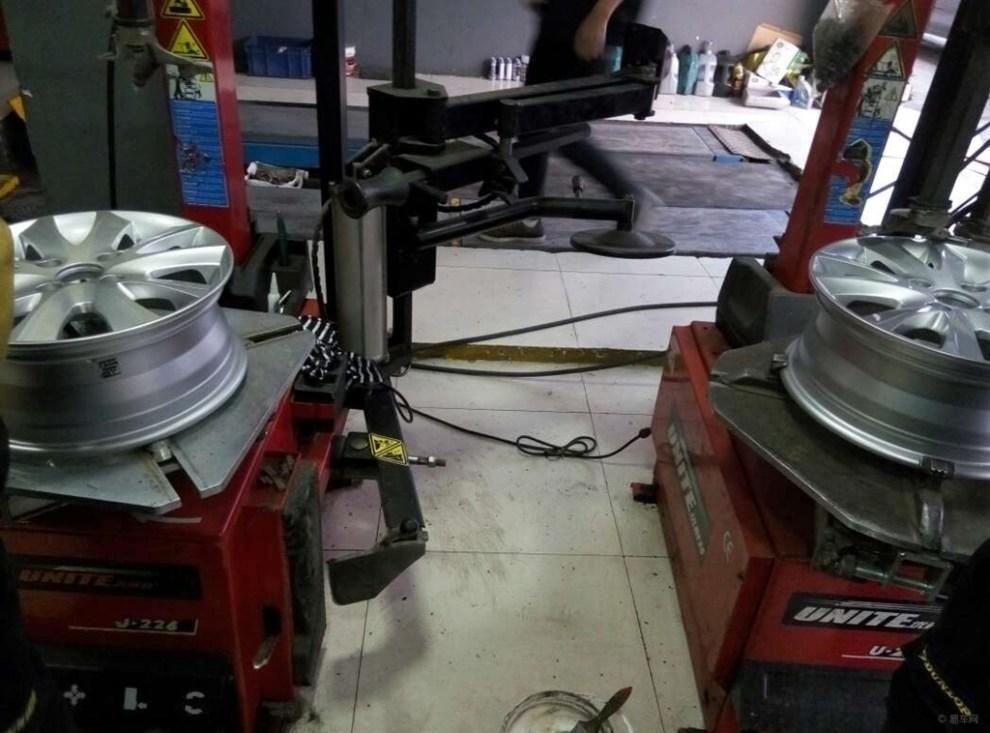 14寸铁圈升级15寸高配原厂轮毂轮胎高清图片