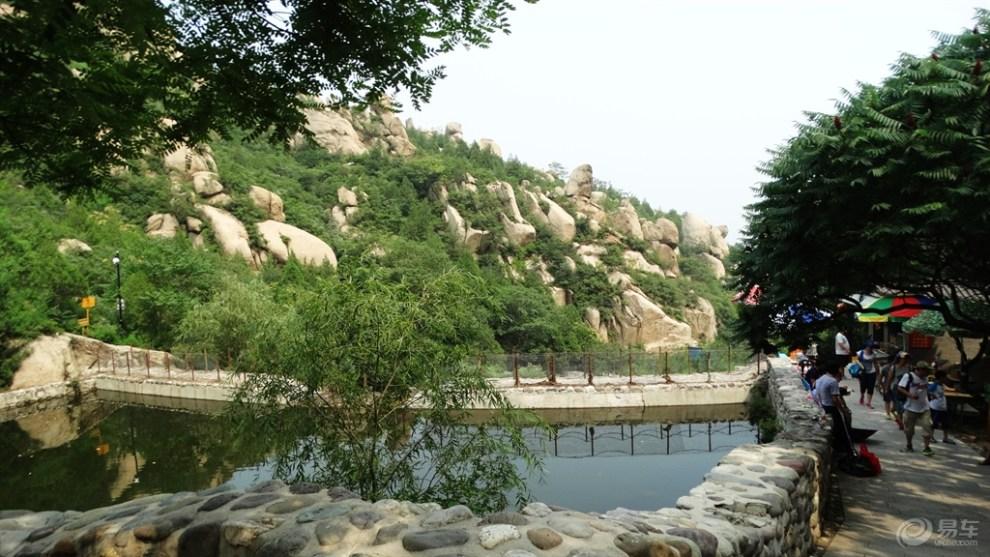 炎炎夏日登北京凤凰岭自然风景区
