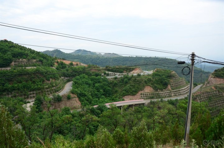 游览西安最美公路?是挑战骊山十八弯!