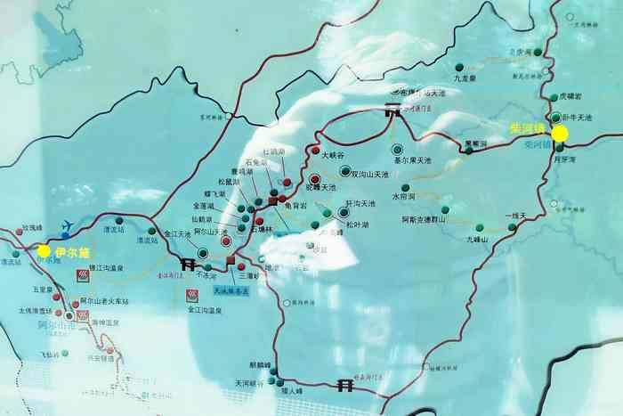 除伊尔施外地图上标出了进阿尔山另个主要入口,柴河镇.